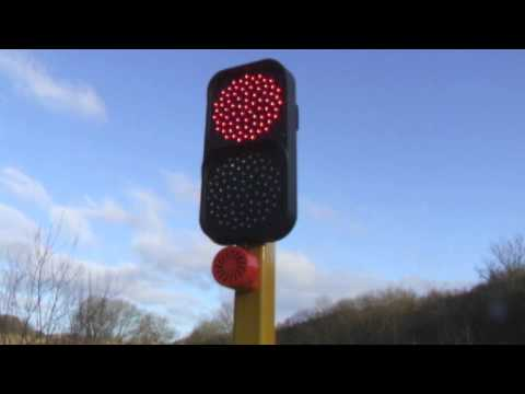 Remote control portable traffic lights - www.transportsupport.co.uk