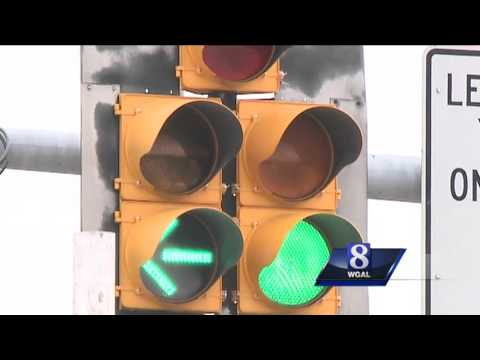 Find out what this new yellow traffic signal means
