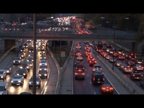 How to drive to reduce a traffic jam